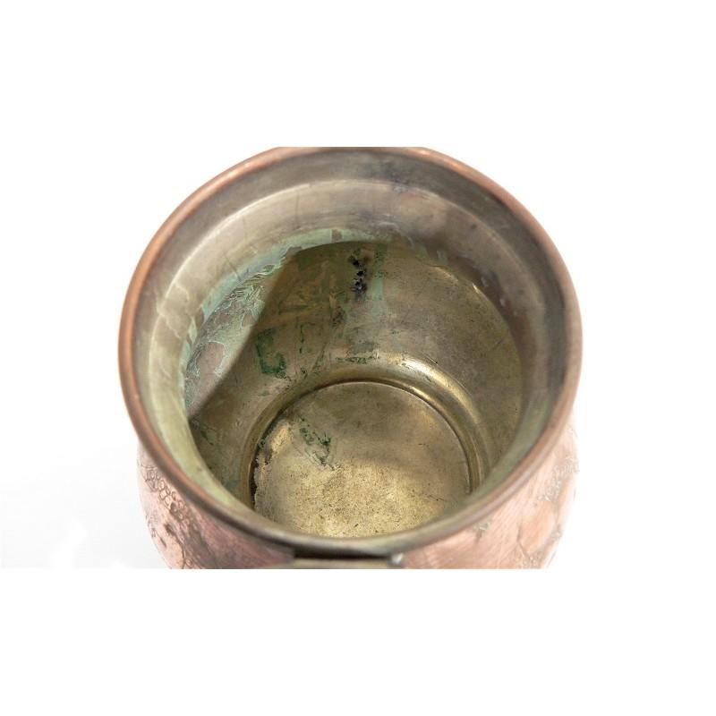 Pot en étain cuivré